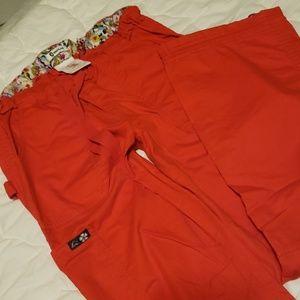 EUC cargo style scrub pants